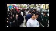 تجمع دانشجویان مقابل سفارت یونان