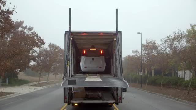 ماشین بدون راننده گوگل آماده ورود به خیابان