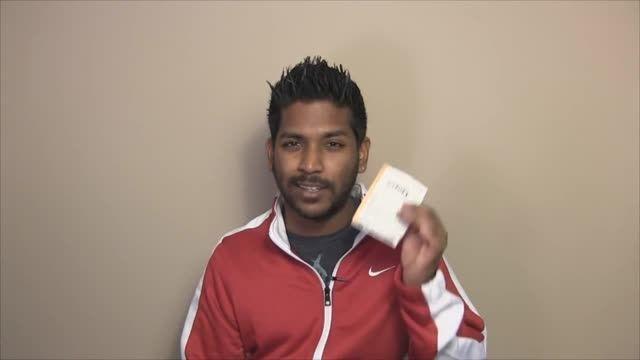مرد بی خانمانی که 1000 دلار میگیره