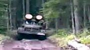 URAL و ZIL 131 در حال حمل چوب