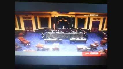 مناظره ای جالب در فضای مجازی: ظریف و سناتور آمریکایی