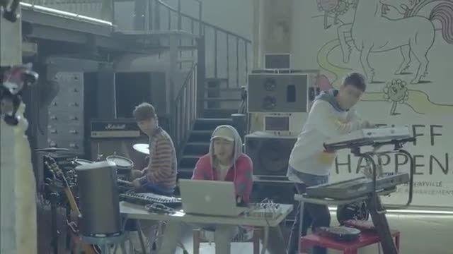 اولین موزیک ویدیو گروه ایکون