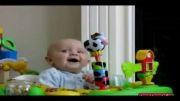 آخر خنده-ترسیدن کوچولو از صدای فوت مامانش!!!
