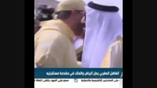 سیلی زدن به خبرنگار توسط دارو دسته پادشاه داعشی عربستان