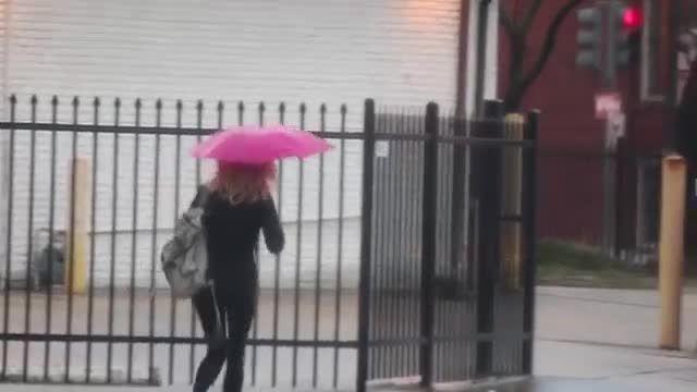 چتر بدون سایبان!