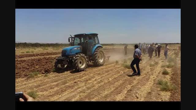 اولین همایش تراکتورهای LS در زمین های زراعی گروه آدینه