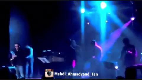 آهنگ ستایش مرتضی پاشایی در كنسرت اصفهان مهدی احمدوند