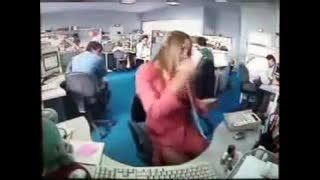 عاقبت حرف زدن با تلفن در محل کار (خفن)