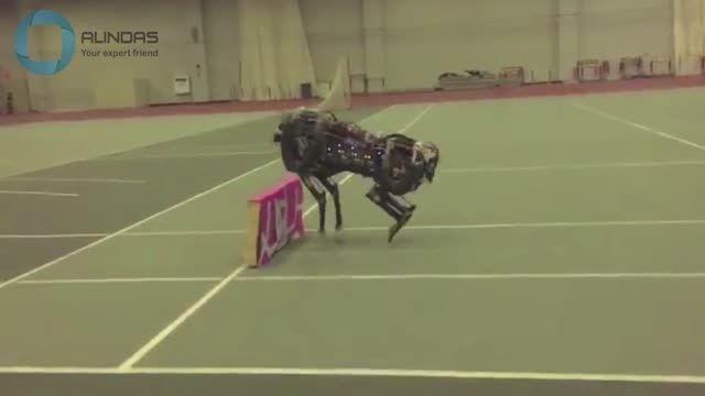 دنیای ربات ها(22)-عبور خیلی جالب ربات از موانع
