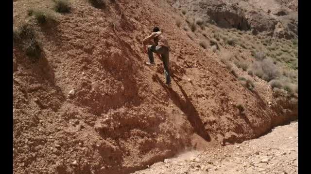 صعود بر تپه شنی با سرعت بالا