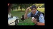 کلیپ بشدت خنده دار دوربین مخفی پلیس شیشه میشکند