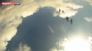 لحظات زیبا از پرواز در آسمان