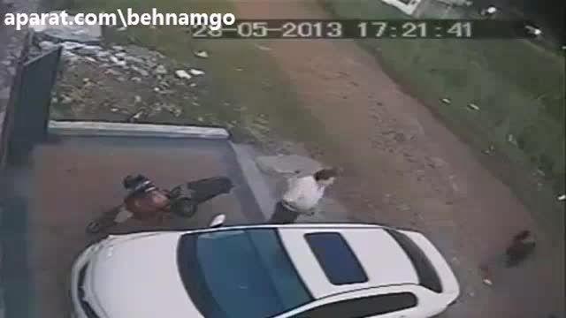 قتل وحشیانه در خیابان..!
