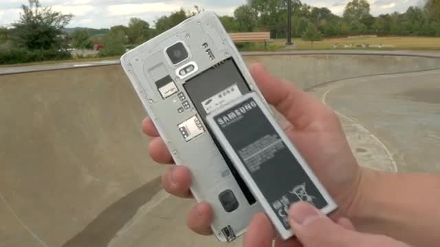 Samsung Galaxy Note 4 Unboxing and Mini Review