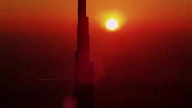پرش از بلند ترین برج جهان!