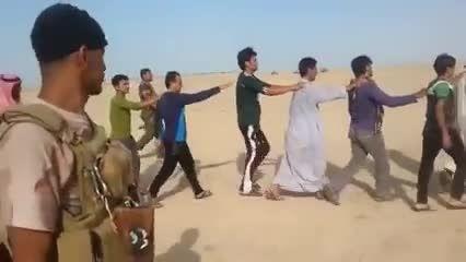 اسارت 200 داعشی بدست نیروهای مردمی عراق