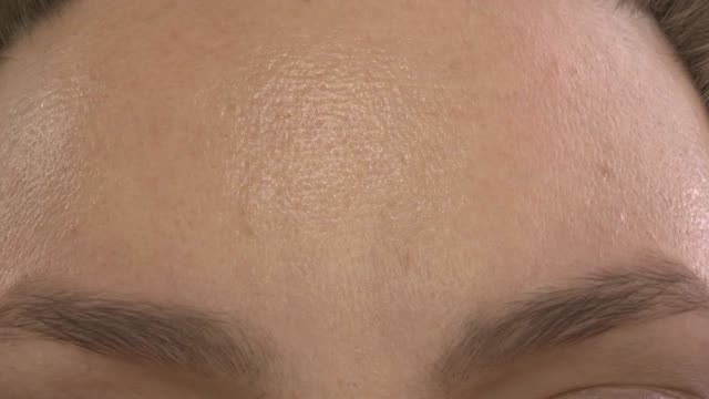 شبیه سازی تغییرات پوست صورت - زومچی