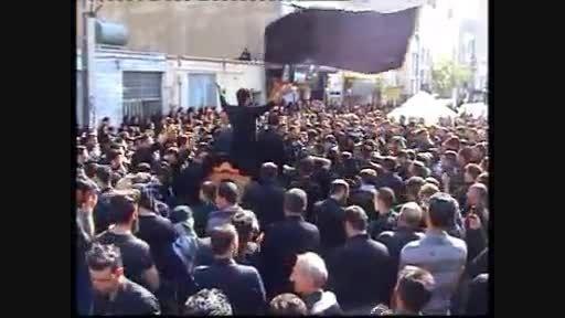 هیئت شهدای کربلا-عاشورای1394بامداحی کربلائی حمید شکوری
