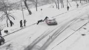 برف و ماشین