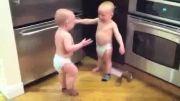 حرف زدن دو بچه(آخر خنده)