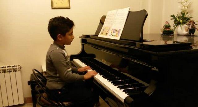 ساعت از آوای پیانو-آروین شهدایی