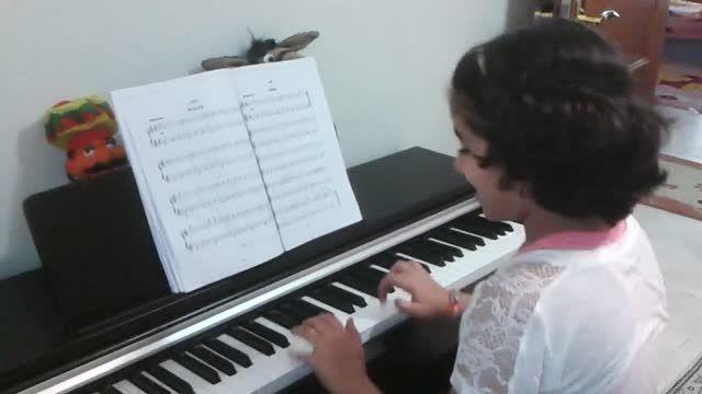 والتز نوازندگی پیانو توسط مژده آقادادشی