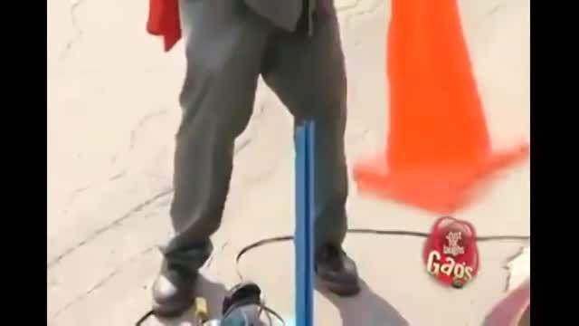 دوربین مخفی خنده دار- برش ماشین با سنگ فرز!!