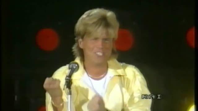 مدرن تاکینگ - اجرای آهنگ Cheri Cheri Lady 1986