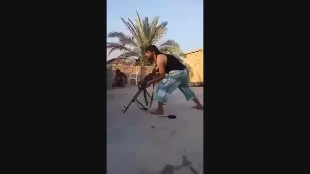 کشته شدن داعشی توسط تک تیرانداز سوریه