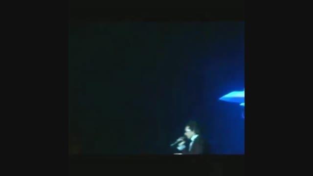 مرتضى پاشایى و معرفى مهدى احمدوند در کنسرتش