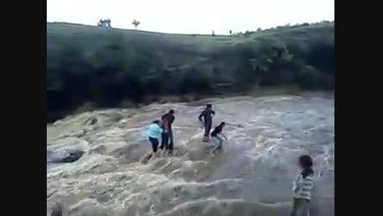 سیل و طوفان