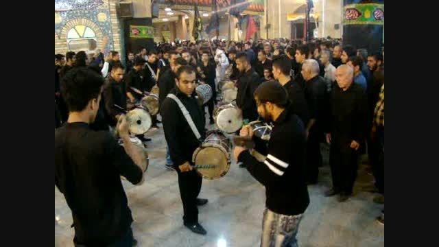 دمام زنی بوشهری در مصلی نماز جمعه کازرون