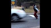 شوخی های خطرناک با ماشینها در جاده......