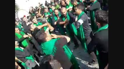 مراسم سینه زنی در مزار و گلزار شهدا شهر کردکوی 94 محرم