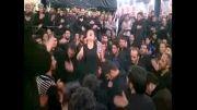 سینه زنی در حرم امام حسین (ع) با مداحی محسن ایران منش1391