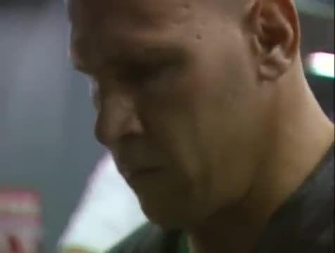 مبارزه ژروم لی بَنِر و مایک برناردو 2001
