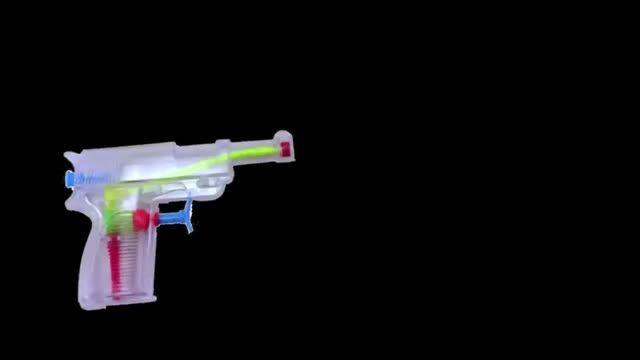 در صورت شلیک گلوله در فضای بدون جاذبه چه اتفاقی می افتد