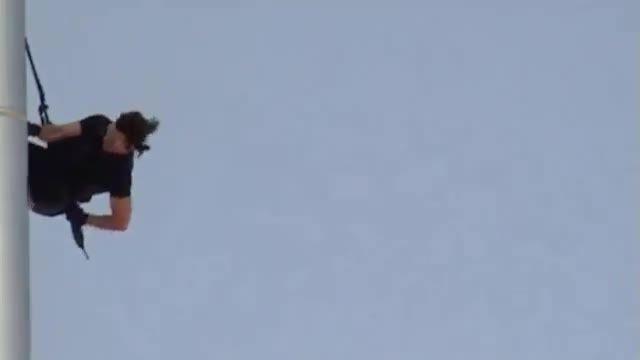 تام کروز در برج خلیفه: ماموریت غیر ممکن 4