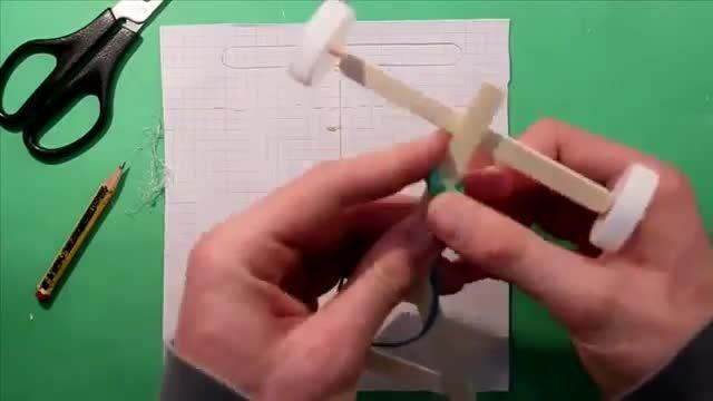 ساخت یک ماشین کوکی با چوب بستنی