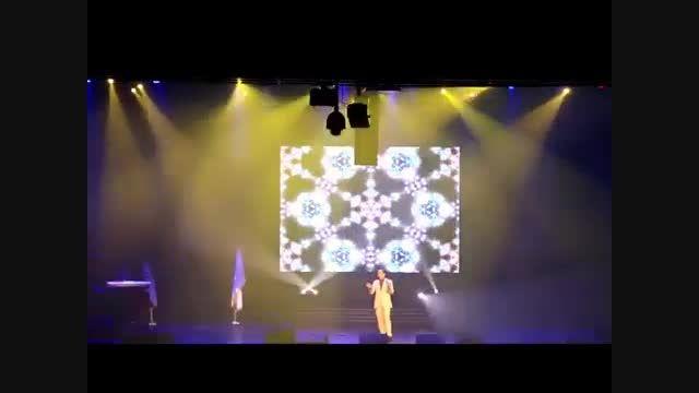 تقلید صدا و استند آپ کمدی بی نظیر حسن ریوندی در کنسرت