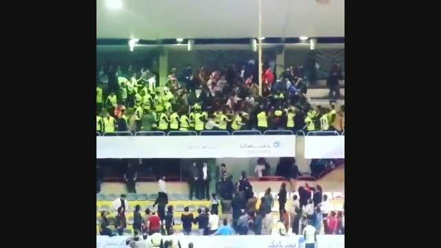 حمله به هوادران والیبال اورمیه