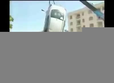 مراحل نجات یک خودروی تصادفی در ایران کلیپ های جالب و خن