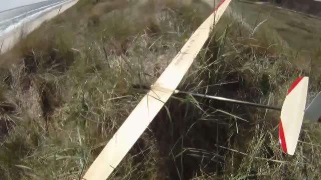 آموزش لندینگ گلایدر در بادهای شدید توسط فلپ
