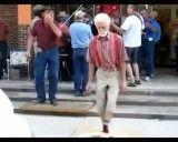 خیلی باحاله .... رقص پیرمردها .....