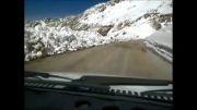 رانندگی در جاده ی برفی