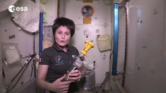 دستشویی رفتن فضانوردان در ایستگاه فضایی