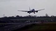 بوئینگ 777 و باد مخالف