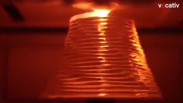 پرینتر سه بعدی که از شیشه استفاده میکند