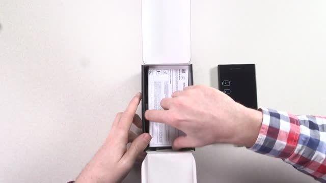 ویدئو جعبه گشایی (unboxing) گوشی جدید بلک بریLeap