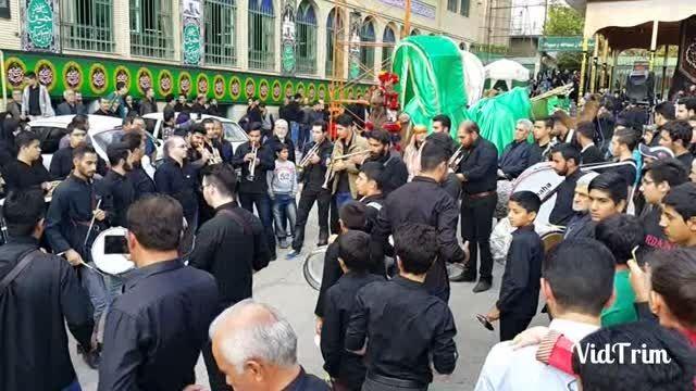 گروه موزیک دماوند و کاروان محله درویش روز دوم محرم 94
